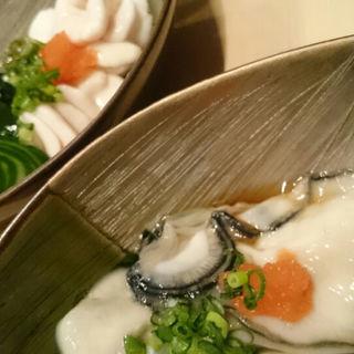 生牡蠣(おたる政寿司 銀座店)