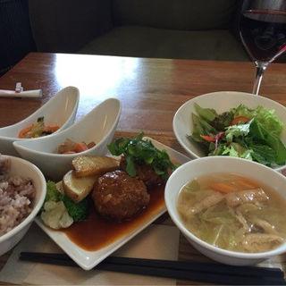 ハンバーグランチ(オリエンタルレシピカフェ (ORIENTAL Recipe Cafe))