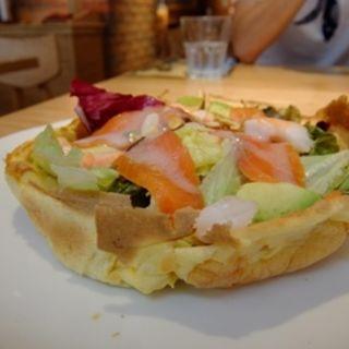 シュリンプとスモークサーモンのダッチベイビー(オリジナルパンケーキハウス 原宿店 )