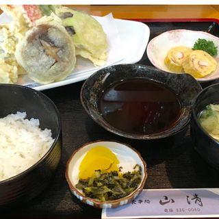 天ぷら定食(お食事処 山清 )