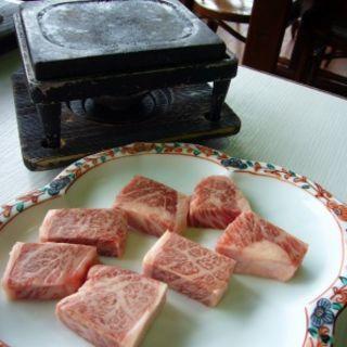みなせ牛ステーキとおそばのセット(かえで庵 (かえであん))