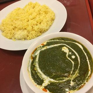 サグチキンカレー(インドキッチン )