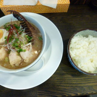 濃厚あら焼鶏白湯そば(カシムラ )