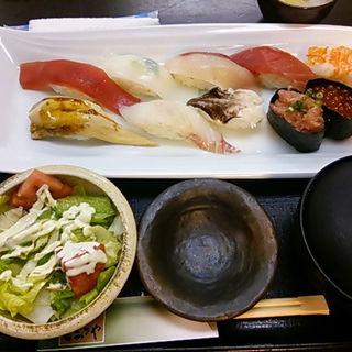 にぎり寿司のランチ