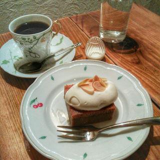 ケーキセット(カフェ ド ギャルソン )