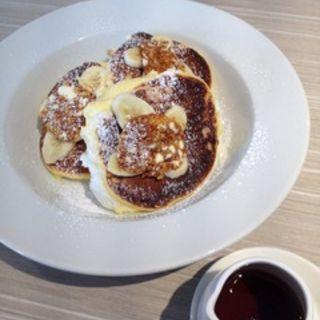 リコッタチーズのパンケーキとハニカムバター(カフェ パシフィカ (Cafe Pacifica))