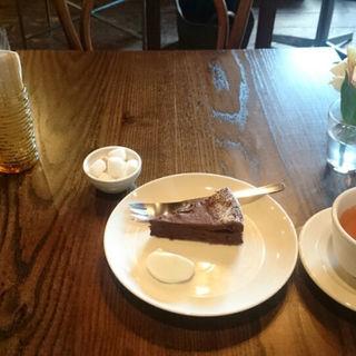 チョコレートケーキ(カフェ ルードー (Cafe ruuDho))