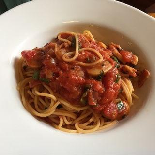 完熟トマトのスパゲッティ(カフェ・グース )
