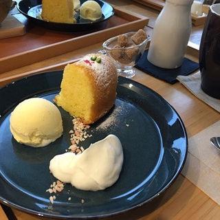 レモンのパウンドケーキ(カフェエデン (Cafe E.den))