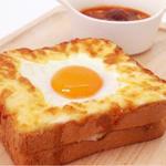 目玉焼きトースト&肉団子のスープ(カフェエリア THE SUN )