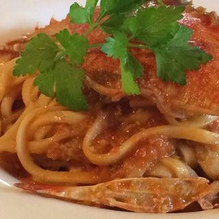 ワタリ蟹のトマトクリームパスタ(カフェレストラン ヴィーニュ )