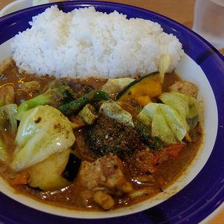 チキンと野菜のカレー(カリフェ 横浜ベイクォーター店 )