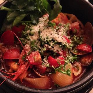 たっぷり魚介の濃厚トマトスープ(cafebar LOCO (ロコ))