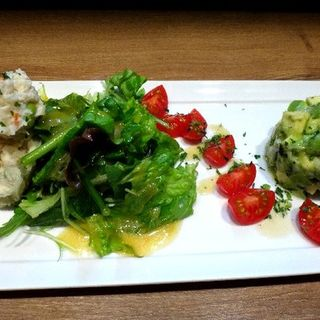 ポテトサラダ&アボガドとカニのサラダ(キッチン ラフト)