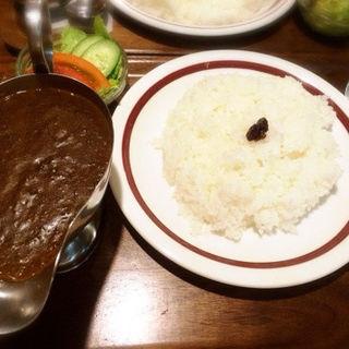 ビーフカレー(ご飯少盛)(キャラウェイ)