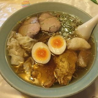 贅沢拉麺(くいしんぼ )