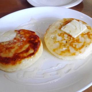 塩バター&はちみつ(クランペット (Crumpets))