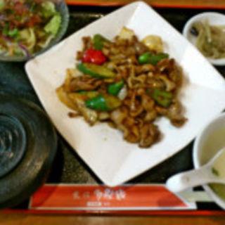 激辛ホルモン、野菜炒め(グルメチャイナ坊多福楼川崎店)