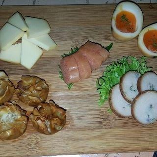 おまかせ5種盛り燻製(くんせいとお酒のお店Choi)