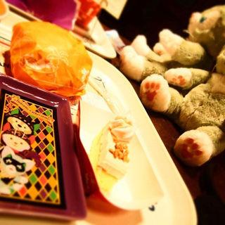 キャラメルクリームのアップルケーキ、スーベニアプレート付き(S.S.コロンビア・ダイニングルーム (エスエス コロンビア・ダイニングルーム))