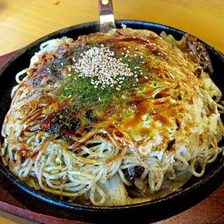 肉玉そば+生イカトッピング(ケンジ (KENZI))