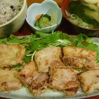豚バラの厚切りみそ麹焼き定食(ごはん )