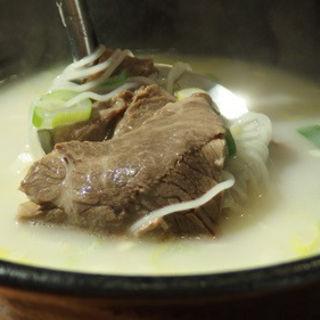ソロンタン(牛・牛骨スープ)(コラボ 渋谷店)
