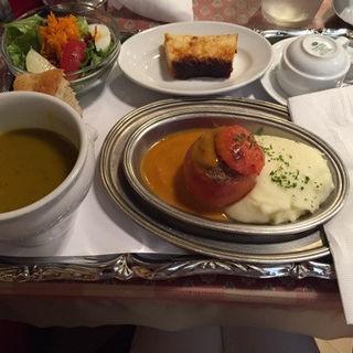 トマトの肉詰め焼き(コンコンブル)