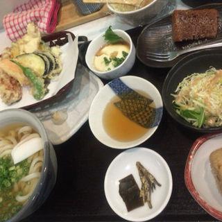 誠屋定食(さぬきうどん誠屋 )