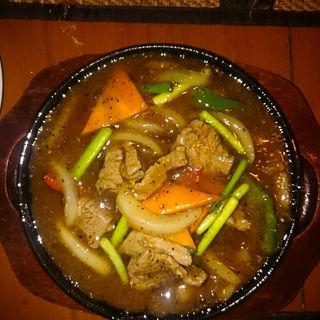 牛肉の黒胡椒炒め(ジャスミンタイ 四谷店 )
