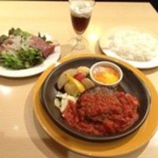 チーズフォンデュソースのたっぷり野菜ハンバーグセット(ジョナサン 小石川柳町店 )