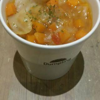 イタリア流トマトのミネストローネ餃子4つ(スープ餃子専門店 Dumpling 目黒店 )