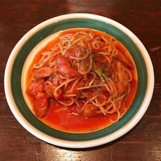 チョリソーソーセージのトマトソーススパゲティ(ピッツェリア トリコローレ)