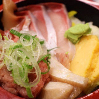 寒ブリ丼(味噌汁付き)(すし台所家 渋谷本店 )