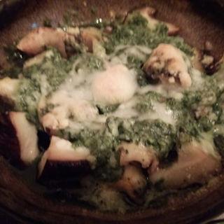 つぶ貝ときのこのバジルオーブン焼き(すわん)