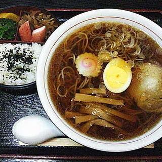 ラーメン定食(たかみ )