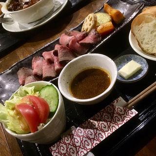 和牛モモローストビーフセット(ちーふのお店 ローストビーフ )