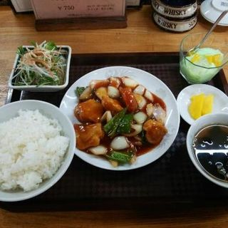 日替わり定食(白身魚の甘酢がけ)(ちゃんどーる )