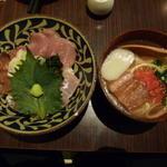 琉球まぐろ丼と沖縄そば定食