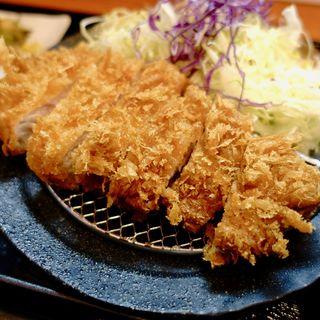 ロースかつ(150g)定食(火入れ研究所)