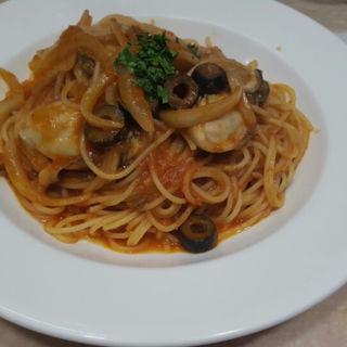 牡蠣のトマトソースパスタ(トミーナ )