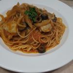 牡蠣のトマトソースパスタ