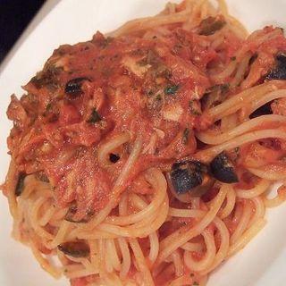 ツナとオリーブのトマトスパゲッティ