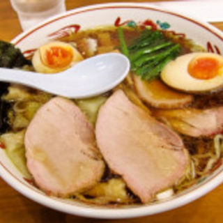 チャーシューワンタンメン(味玉入り)(とら食堂 松戸分店 )