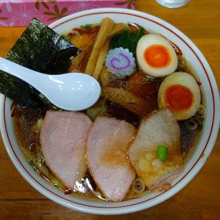 焼豚ワンタン麺味玉入り(とら食堂 松戸分店 )