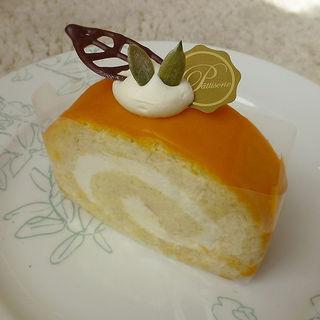カボチャのロールケーキ(ドルチェ デラ・カーサ)
