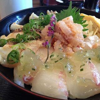 鯛三昧丼(どんと屋 )