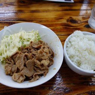 豚焼肉定食(とんぱた亭 三枚町店 )