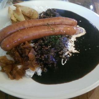 ソーセージカレー(カフェ&ビストロ パニエ)