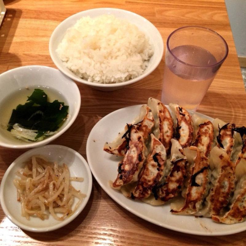 餃子定食(焼き餃子・2枚・ニラニンニクあり・大盛り)